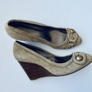 Coach Laney Wedges Taupe suede leather heels 10